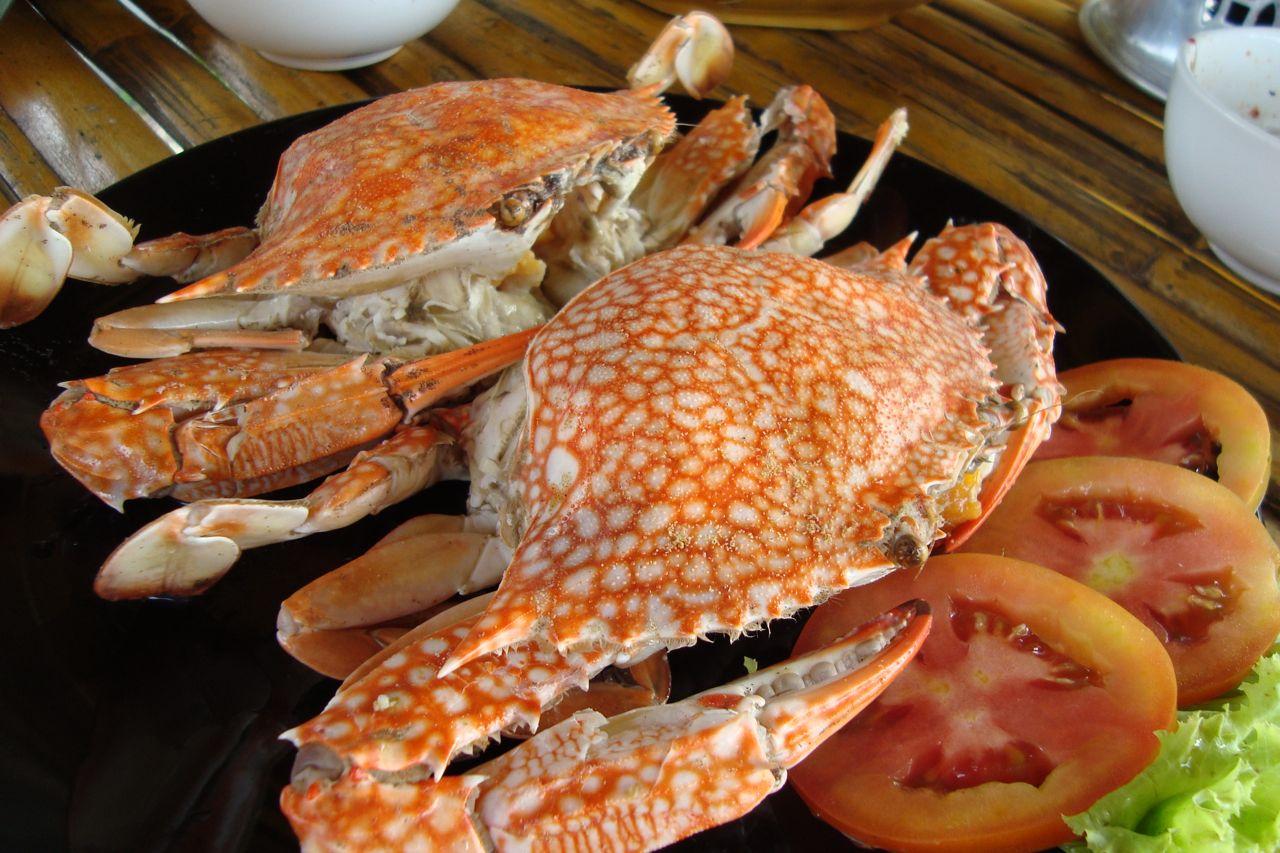 Aneka hidangan lezat dari kepiting mangrove yang disajikan di restoran-restoran Thailand.